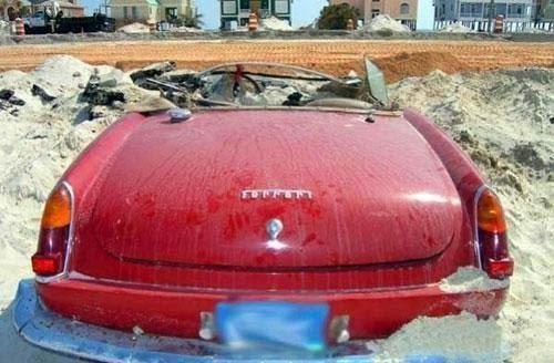 Картинки по запросу Ferrari 250 GT Spyder после урагана
