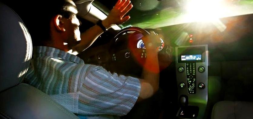 Не стоит на дороге отвечать на хамство хамством