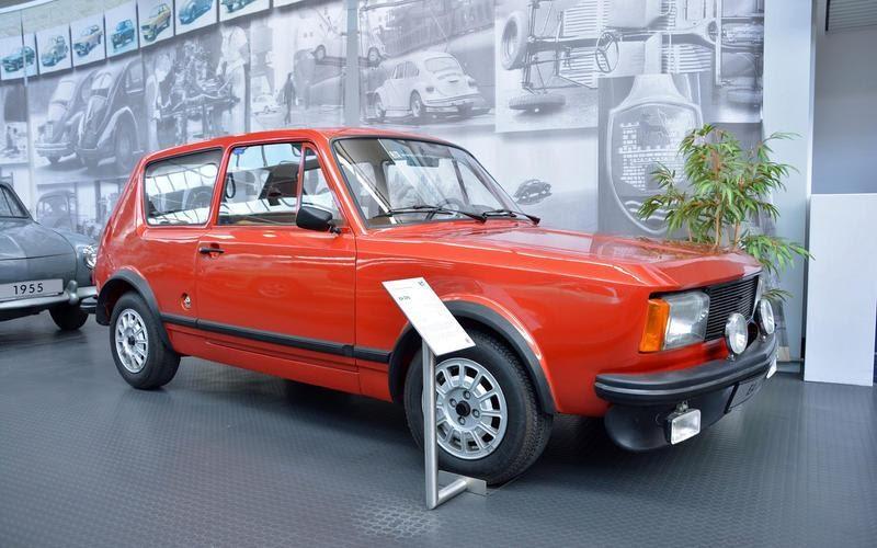 https://www.autocentre.ua/wp-content/uploads/2020/04/6-ronan-glon-volkswagen-museum-1969-ea-276-7.jpg
