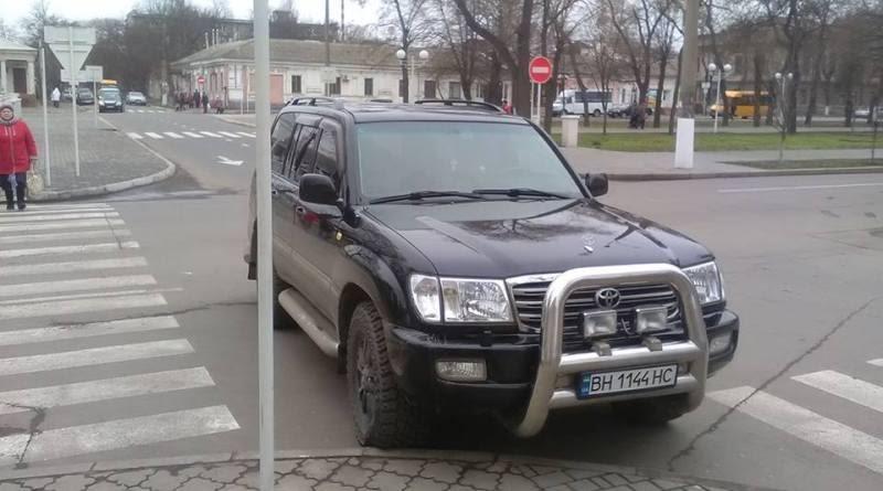 Toyota-perekryla-prospekt-Suvorova-v-Izmaile.jpg