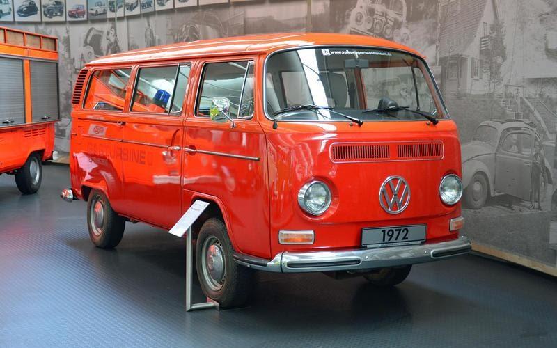https://www.autocentre.ua/wp-content/uploads/2020/04/8-ronan-glon-volkswagen-museum-t2-gt70-7.jpg