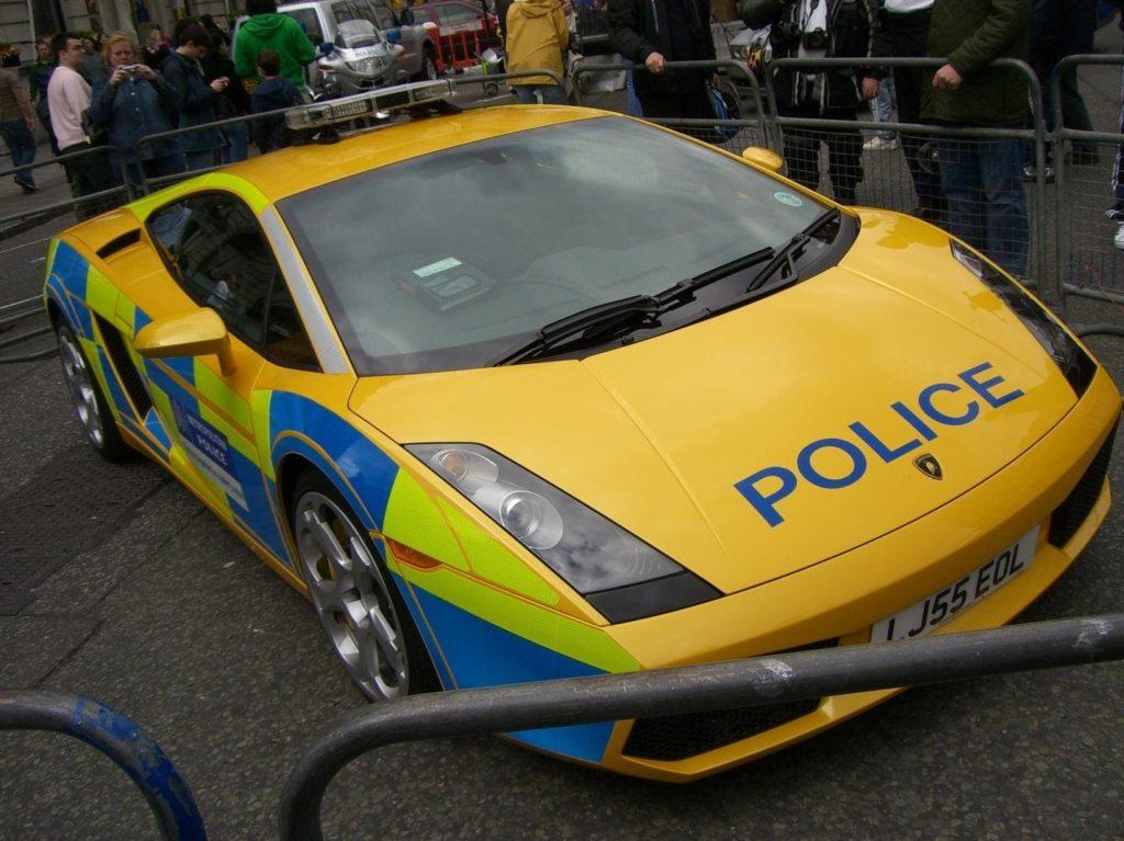 C:\Documents and Settings\Пользователь\Рабочий стол\ЗАКОНОДАВСТВО\Lamborghini_Gallardo_British_police_1.JPG