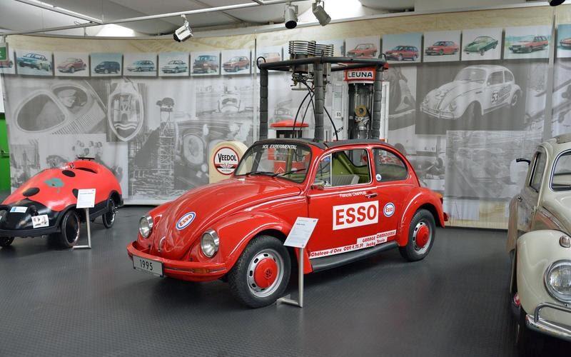 https://www.autocentre.ua/wp-content/uploads/2020/04/20-ronan-glon-volkswagen-museum-1995-balloon-beetle-7.jpg