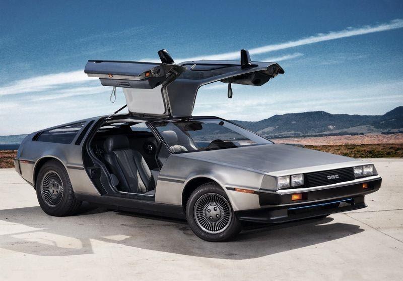 DeLorean запрограммировали на возвращение в 2017 году