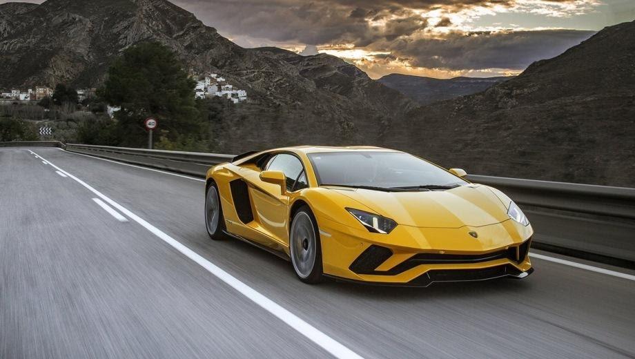 Lamborghini Aventador S: цены, комплектации, тест-драйвы, отзывы ...