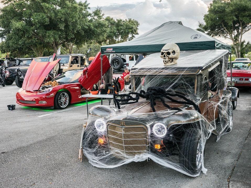 Как украшают авто на Хеллоуин на Западе? | Заметки автоблогерши ...