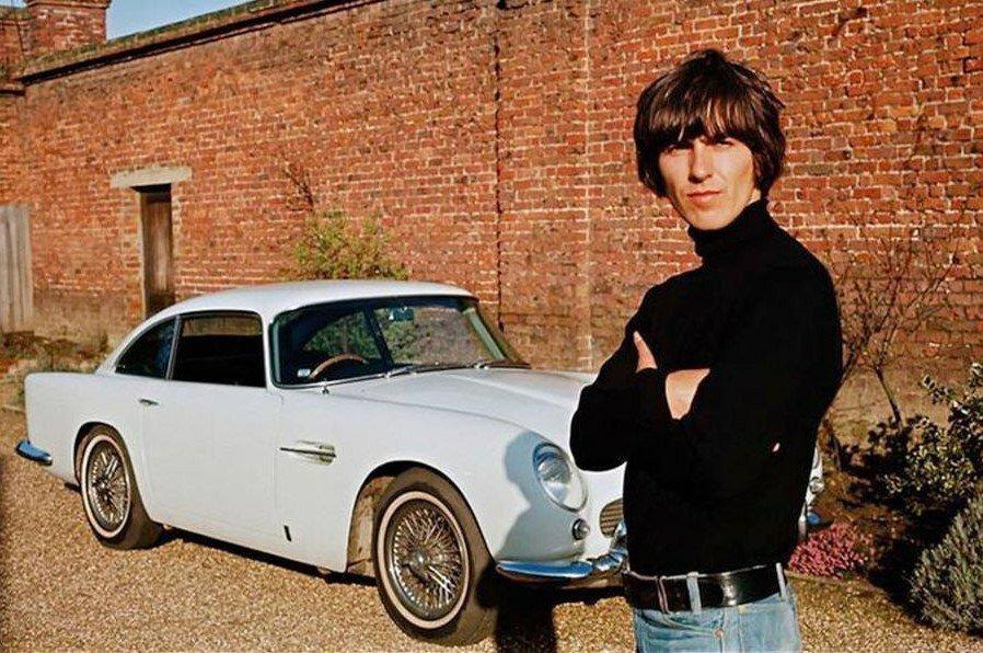 Британский исполнитель, гитарист группы The Beatles, Джордж ...