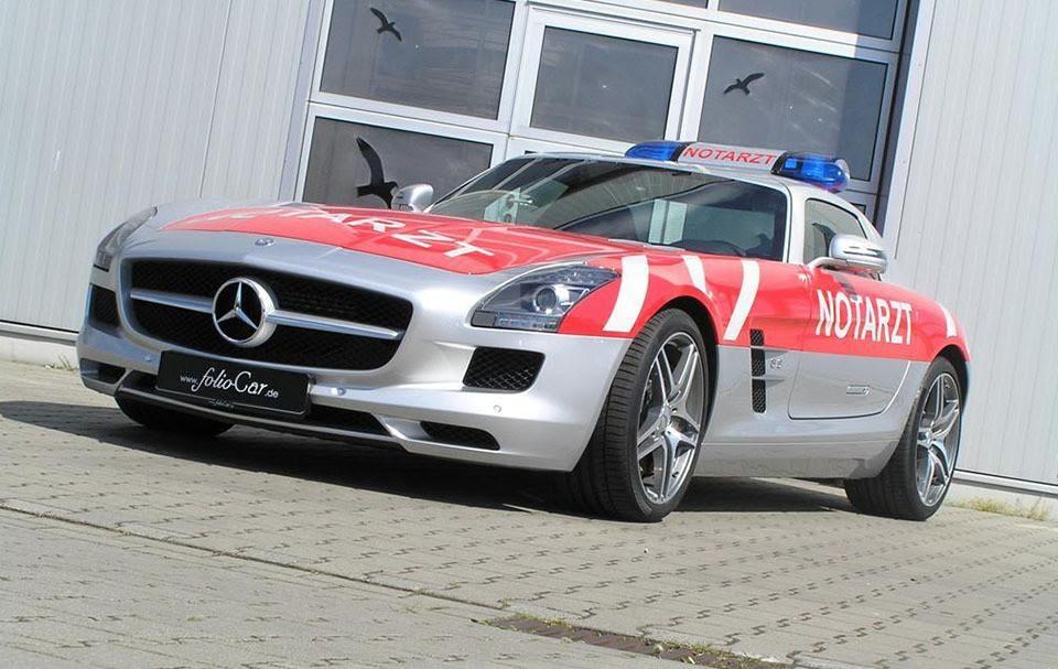 Mercedes-Benz SLS AMG с 6,3 - Самые необычные кареты скорой помощи в