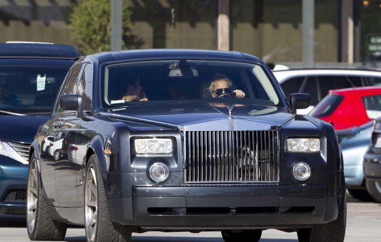 D:\Индивид\Lady-Gagas-Rolls-Royce-Phantom.jpg