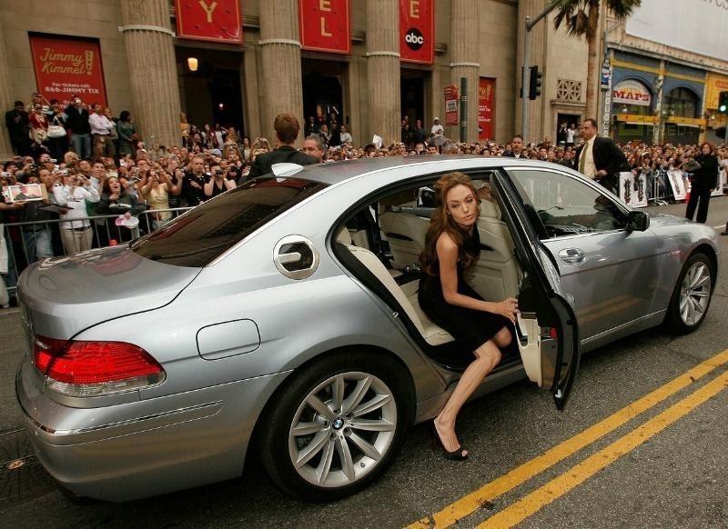 Автомобили, на которых ездит Анджелина Джоли » АвтоНоватор