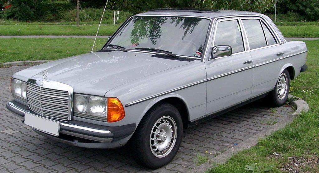 D:\Индивид\1200px-Mercedes-Benz_W123_front_20080822.jpg