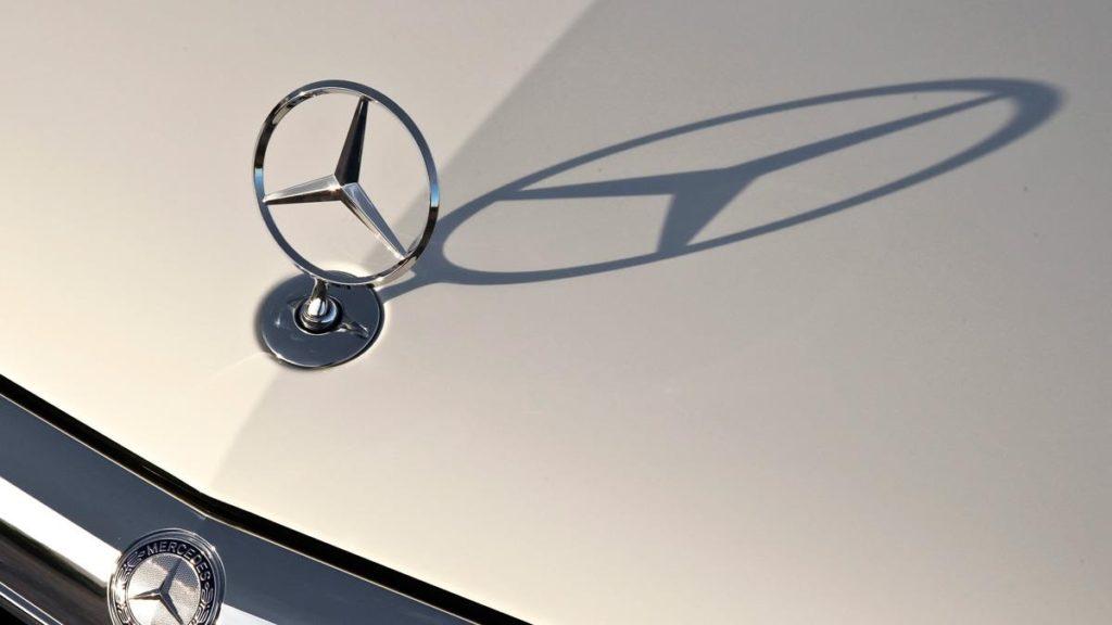 Со скрытым смыслом: эмблемы автомобильных компаний, от которых есть польза