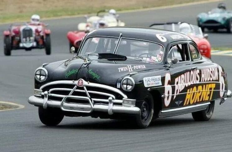 Begini Wujud Doc Hudson Film Cars dalam Dunia Nyata, Top ...