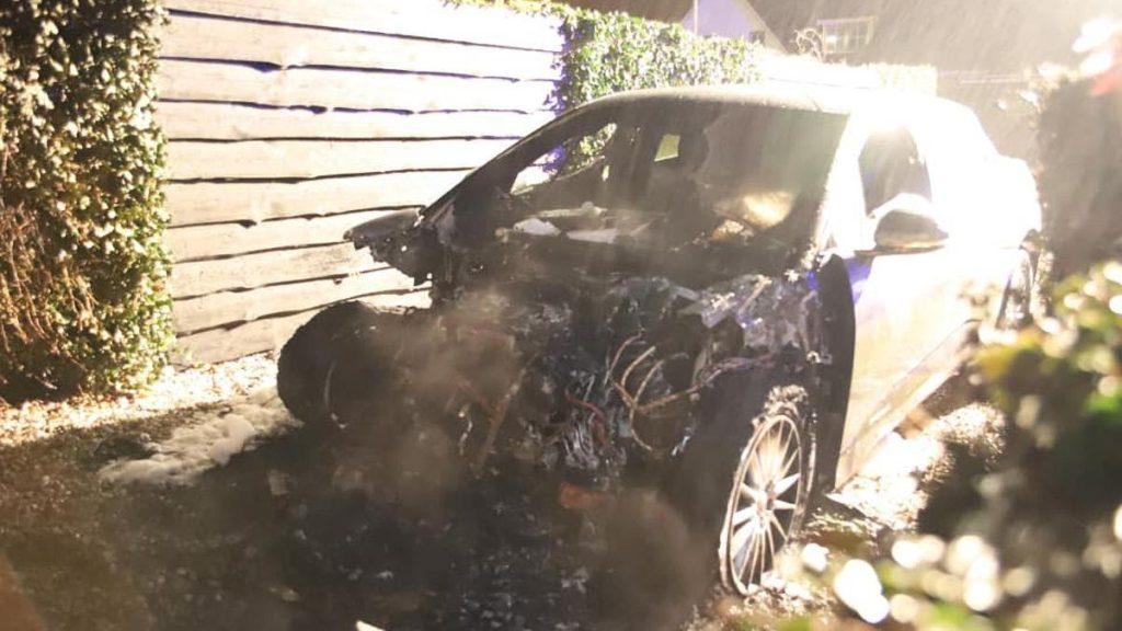 Ехал-ехал и сгорел: случаи, когда машины внезапно загорались ...