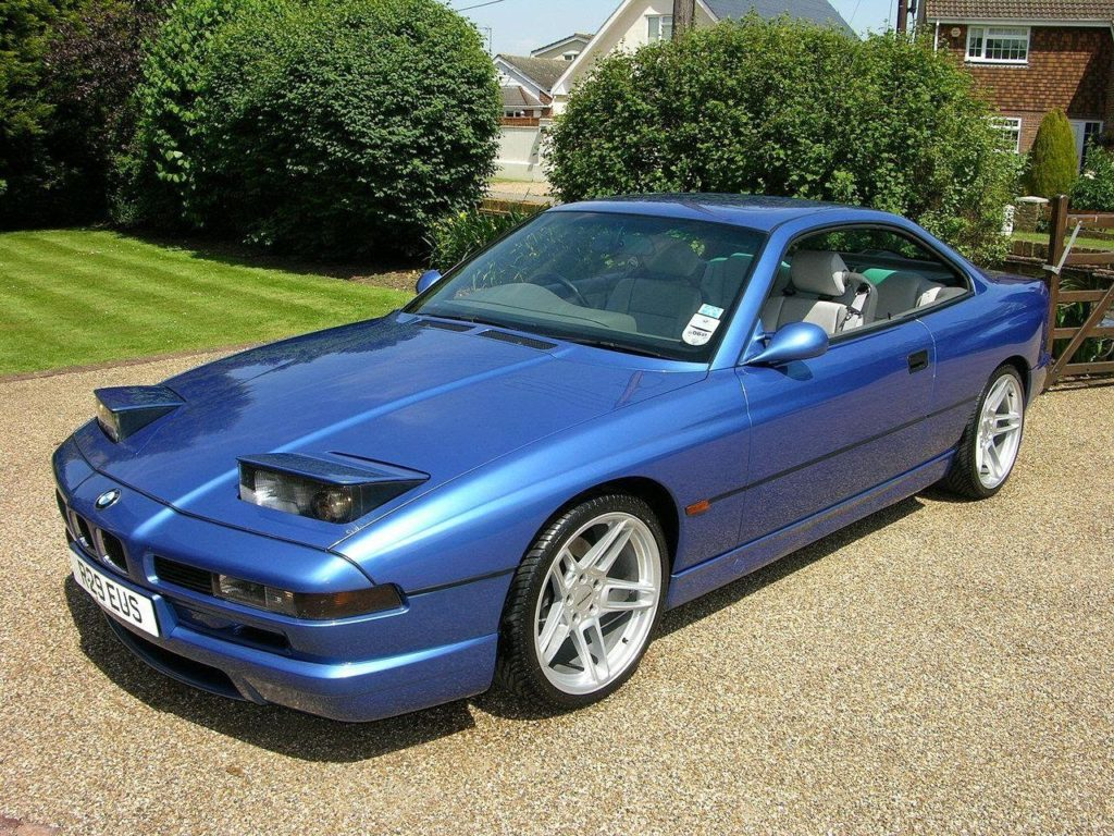 D:\Индивид\1280px-BMW_840_Ci_Sport_front.jpg