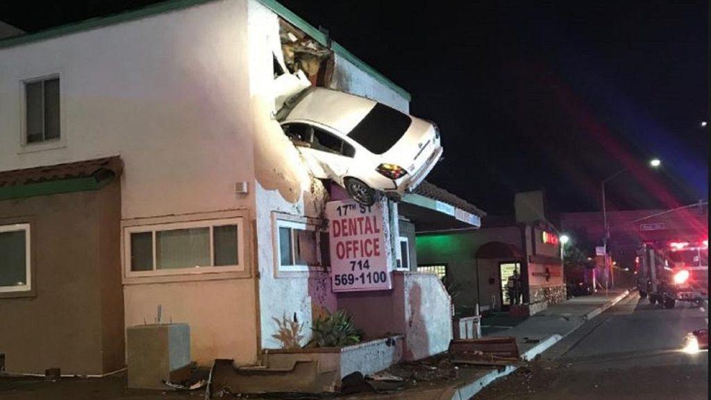 Кажется, явъехал: нелепые аварии сучастием автомобилей изданий